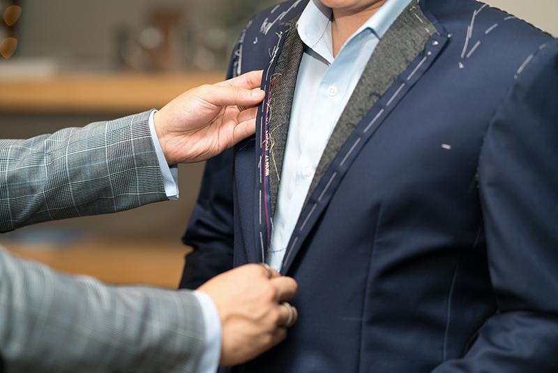 【父の日】スーツのプレゼントに「お仕立券(ギフト券)」がおすすめな理由とは?